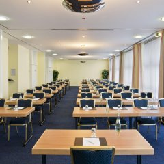 Отель Holiday Inn Munich - South фото 3