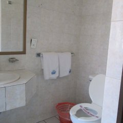 Hotel Colón Express ванная