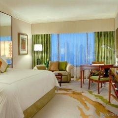 Отель Sheraton Imperial Kuala Lumpur Hotel Малайзия, Куала-Лумпур - 1 отзыв об отеле, цены и фото номеров - забронировать отель Sheraton Imperial Kuala Lumpur Hotel онлайн комната для гостей фото 3