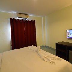 Paripas Express Hotel Patong комната для гостей