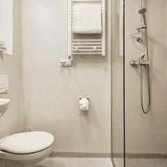 Отель Motel Domino Германия, Нюрнберг - отзывы, цены и фото номеров - забронировать отель Motel Domino онлайн ванная фото 2
