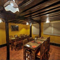 Отель Summit Village Lodge Непал, Лалитпур - отзывы, цены и фото номеров - забронировать отель Summit Village Lodge онлайн питание