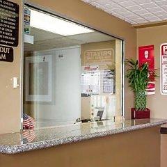 Отель Econo Lodge Columbus Колумбус интерьер отеля фото 3