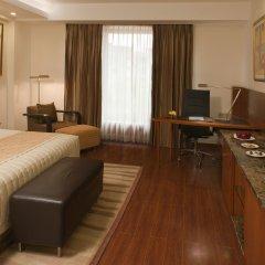 Отель Radisson Blu Plaza Delhi Airport комната для гостей фото 5