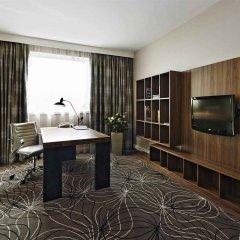 Отель Hilton Sofia Болгария, София - отзывы, цены и фото номеров - забронировать отель Hilton Sofia онлайн удобства в номере
