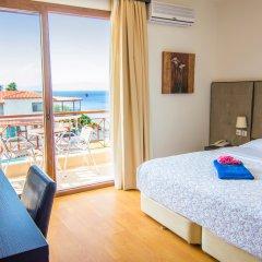 Отель Blue Bay комната для гостей
