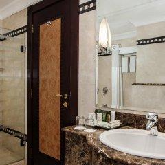 Отель Hilton Sharjah ОАЭ, Шарджа - 10 отзывов об отеле, цены и фото номеров - забронировать отель Hilton Sharjah онлайн ванная фото 2