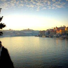 Отель Hostel & Suites Des Arts Португалия, Амаранте - отзывы, цены и фото номеров - забронировать отель Hostel & Suites Des Arts онлайн приотельная территория фото 2