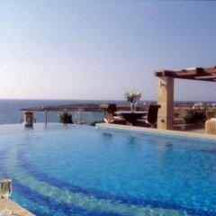 Coral Beach Hotel and Resort бассейн фото 3