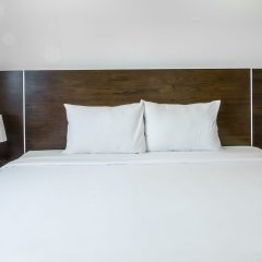 Red Coral Ha Long Hotel комната для гостей