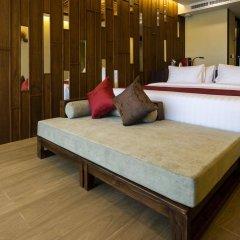 Отель Ao Nang Phu Pi Maan Resort & Spa сейф в номере