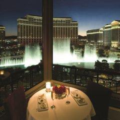 Отель Paris Las Vegas бассейн фото 2