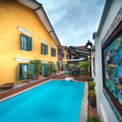 Отель Yeng Keng Hotel Малайзия, Пенанг - отзывы, цены и фото номеров - забронировать отель Yeng Keng Hotel онлайн бассейн фото 3