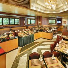 Отель Admiral Plaza Hotel Dubai ОАЭ, Дубай - отзывы, цены и фото номеров - забронировать отель Admiral Plaza Hotel Dubai онлайн питание фото 3