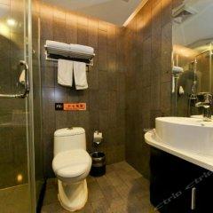 Отель Fuyi Fashion Hotel Китай, Сиань - отзывы, цены и фото номеров - забронировать отель Fuyi Fashion Hotel онлайн ванная фото 2