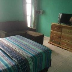 Отель Sunset Beach Studio At Montego Bay Club Resort Ямайка, Монтего-Бей - отзывы, цены и фото номеров - забронировать отель Sunset Beach Studio At Montego Bay Club Resort онлайн комната для гостей фото 2