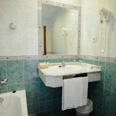 Hotel Las Rampas Фуэнхирола ванная