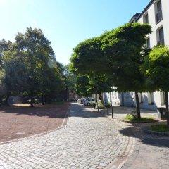 Hotel Orangerie Дюссельдорф парковка