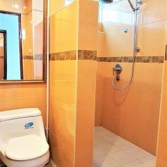 Отель Patong Tower 2.1 Patong Beach by PHR Таиланд, Патонг - отзывы, цены и фото номеров - забронировать отель Patong Tower 2.1 Patong Beach by PHR онлайн ванная фото 2