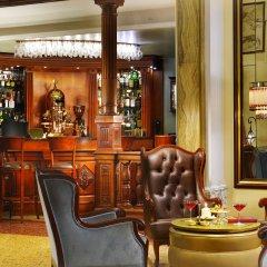 Отель Grand Hotel Savoia Италия, Генуя - 3 отзыва об отеле, цены и фото номеров - забронировать отель Grand Hotel Savoia онлайн гостиничный бар