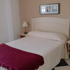 Отель Camping-Bungalows El Faro Испания, Кониль-де-ла-Фронтера - отзывы, цены и фото номеров - забронировать отель Camping-Bungalows El Faro онлайн комната для гостей фото 2