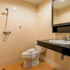 Hallo Patong Hotel & Restaurant ванная фото 2