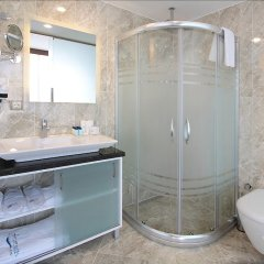 Forum Suite Hotel ванная фото 2