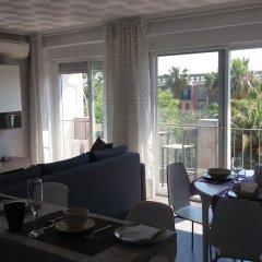 Отель Valencia Beach Suites Wifi Fibra гостиничный бар