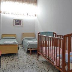 Отель Casa per Ferie Opera Don Calabria Италия, Рим - 1 отзыв об отеле, цены и фото номеров - забронировать отель Casa per Ferie Opera Don Calabria онлайн комната для гостей фото 6