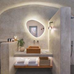 Отель Halcyon Days Suites Греция, Остров Санторини - отзывы, цены и фото номеров - забронировать отель Halcyon Days Suites онлайн ванная фото 2