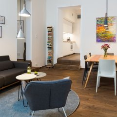 Апартаменты Upper Westside - 3 Bedroom Interior Designed Apartment by BENSIMON apartments Берлин комната для гостей