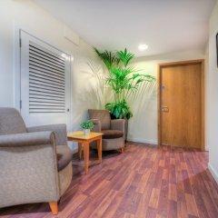 Отель Holyrood Aparthotel Эдинбург комната для гостей