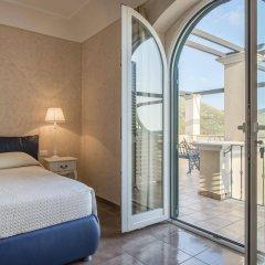 Отель Collina Degli Ulivi B&B Итри комната для гостей фото 3