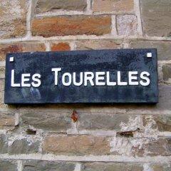 Отель B&B Petit Chateau Les Tourelles с домашними животными