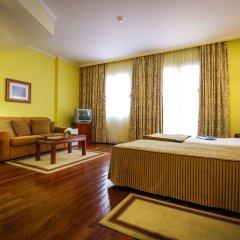 Отель Camões Португалия, Понта-Делгада - отзывы, цены и фото номеров - забронировать отель Camões онлайн комната для гостей фото 2