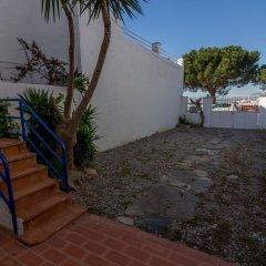 Отель Apartaments La Riera Испания, Курорт Росес - отзывы, цены и фото номеров - забронировать отель Apartaments La Riera онлайн бассейн