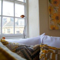 Отель Bright New Town 2 bed Apt - 5 Mins to Princes St Великобритания, Эдинбург - отзывы, цены и фото номеров - забронировать отель Bright New Town 2 bed Apt - 5 Mins to Princes St онлайн комната для гостей фото 2