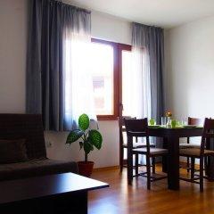 Отель Ruby Tower Apartments Болгария, Банско - отзывы, цены и фото номеров - забронировать отель Ruby Tower Apartments онлайн комната для гостей
