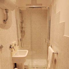 Отель La Grotta di Tiberio B&B Италия, Рим - отзывы, цены и фото номеров - забронировать отель La Grotta di Tiberio B&B онлайн ванная