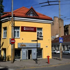 Отель Rentida Guesthouse Литва, Вильнюс - отзывы, цены и фото номеров - забронировать отель Rentida Guesthouse онлайн вид на фасад