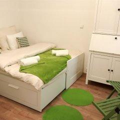Апартаменты Royal View Apartments Прага комната для гостей
