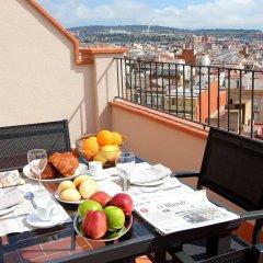 Отель Pierre & Vacances Barcelona Sants Испания, Барселона - 2 отзыва об отеле, цены и фото номеров - забронировать отель Pierre & Vacances Barcelona Sants онлайн балкон