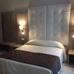 Отель Bel Soggiorno Генуя комната для гостей фото 3