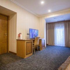 Отель Colosseo Tirana Албания, Тирана - 1 отзыв об отеле, цены и фото номеров - забронировать отель Colosseo Tirana онлайн фото 2