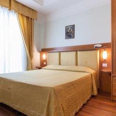 Hotel Astor Римини комната для гостей фото 5