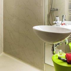 Отель Ibis Styles Amsterdam CS Hotel Нидерланды, Амстердам - 1 отзыв об отеле, цены и фото номеров - забронировать отель Ibis Styles Amsterdam CS Hotel онлайн ванная фото 2