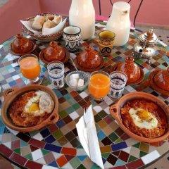 Отель Dar Ahl Tadla Марокко, Фес - отзывы, цены и фото номеров - забронировать отель Dar Ahl Tadla онлайн питание фото 2