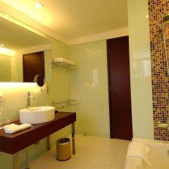 Отель Chicago Suites International Hotel Китай, Шэньчжэнь - отзывы, цены и фото номеров - забронировать отель Chicago Suites International Hotel онлайн ванная