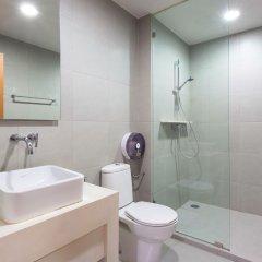 Отель Baan Sansuk Beachfront Condominium Таиланд, Хуахин - отзывы, цены и фото номеров - забронировать отель Baan Sansuk Beachfront Condominium онлайн ванная
