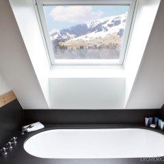 Отель Park Gstaad Швейцария, Гштад - отзывы, цены и фото номеров - забронировать отель Park Gstaad онлайн ванная
